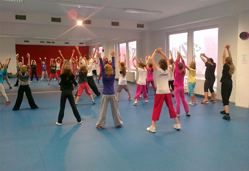Party Fit Kobylisy Praha 8 - cvičení pro ženy